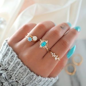 *CRISTEN* 4-Pc Gold Rhinestone Fashion Ring Set